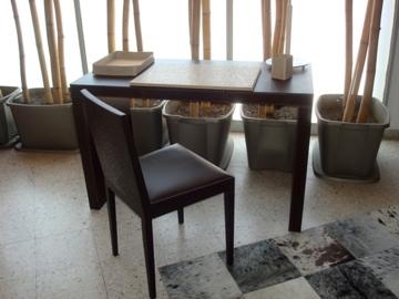Escritorio y silla en piel